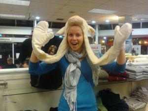 Lamb beanie/gloves..
